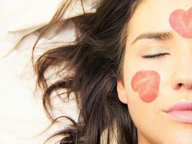 Acide hyaluronique effet visage